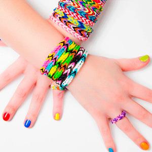 Как украшать браслеты из резинок